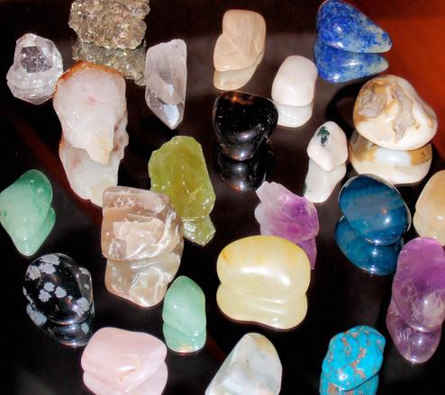 crystals-1183672